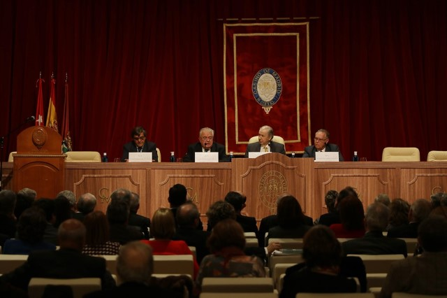 The President of the Constitutional Court gives a lecture at the Casino de Madrid