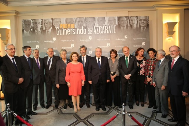 The Constitutional Court received the Gumersindo de Azcárate prize awarded by the Spanish Land Registry institution.